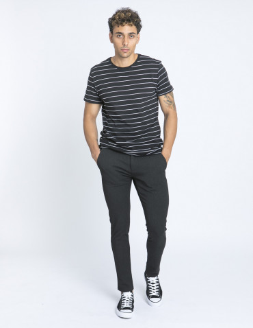 Camiseta negra rayas blancas blend zaragoza sommes demode