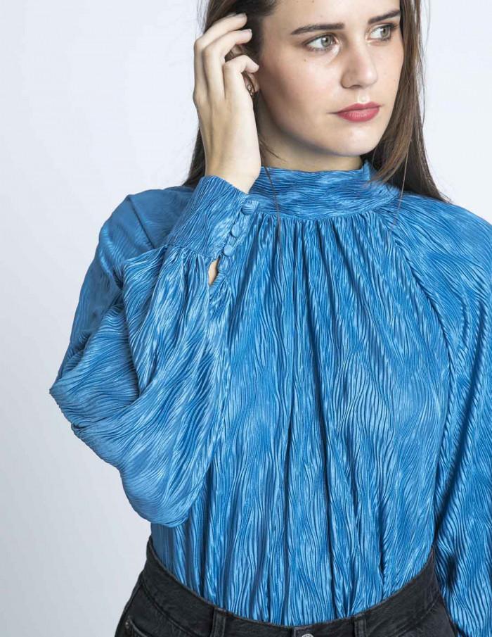 blusa plisada azul glamorous sommes demode zaragoza