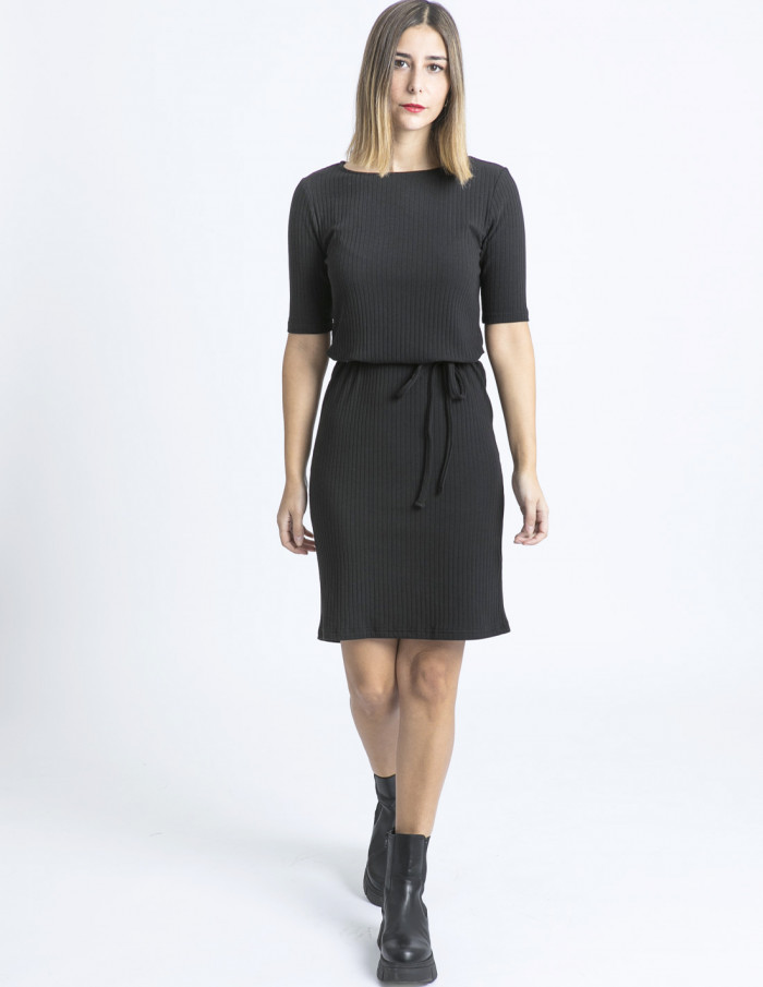 vestido negro silve ichi sommes demode zaragoza