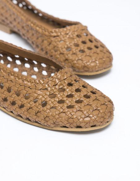 zapatos calados marron serly musse and cloud sommes demode zaragoza