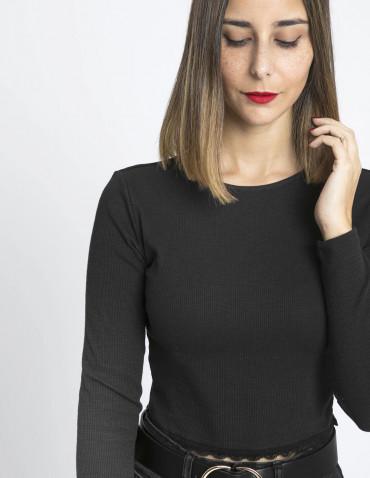 camiseta crop negro glamorous sommes demode zaragoza