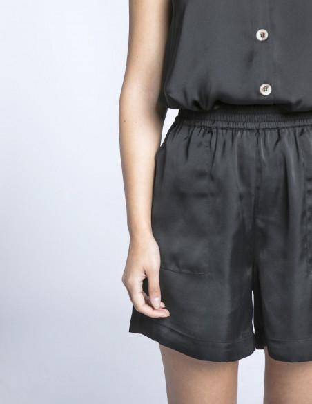 shorts negros genya ichi sommes demode zaragoza