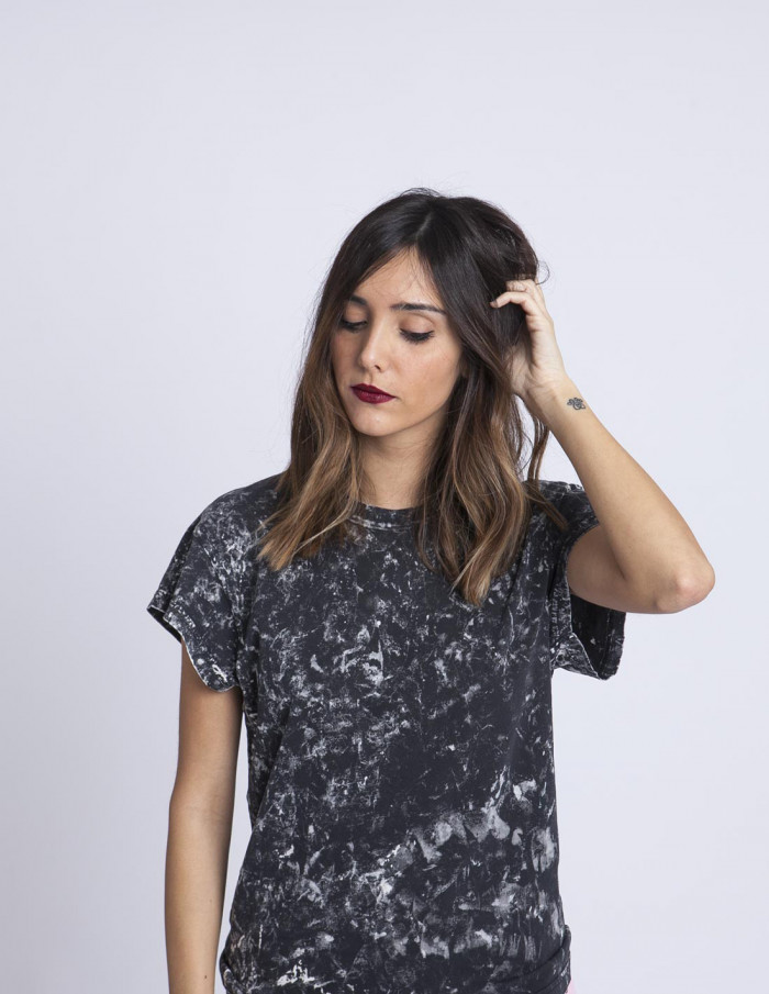 Camiseta Gris Screen Cheap Monday sommes demode zaragoza