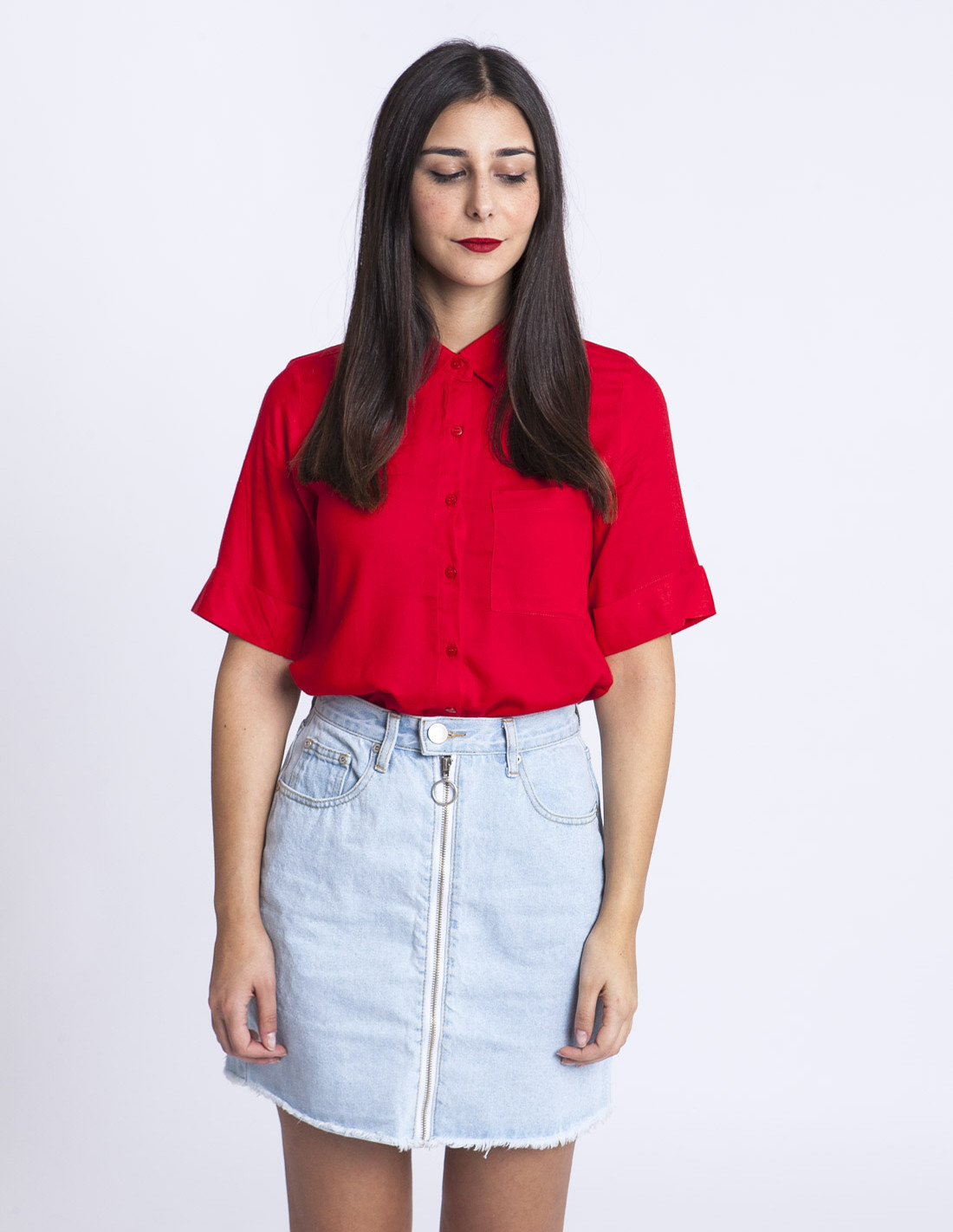 Camisa roja flores Compañia Fantástica