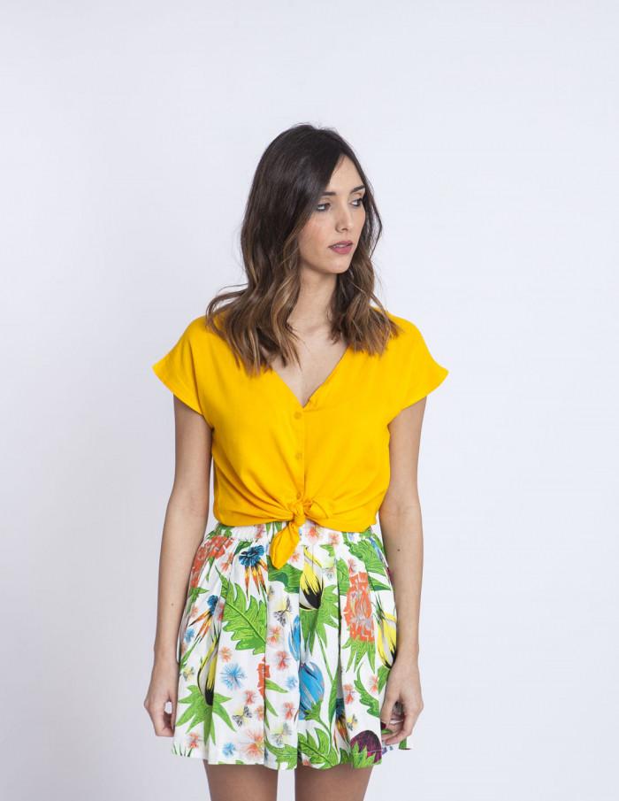 Blusa amarilla escote compañia fantastica sommes demode zaragoza