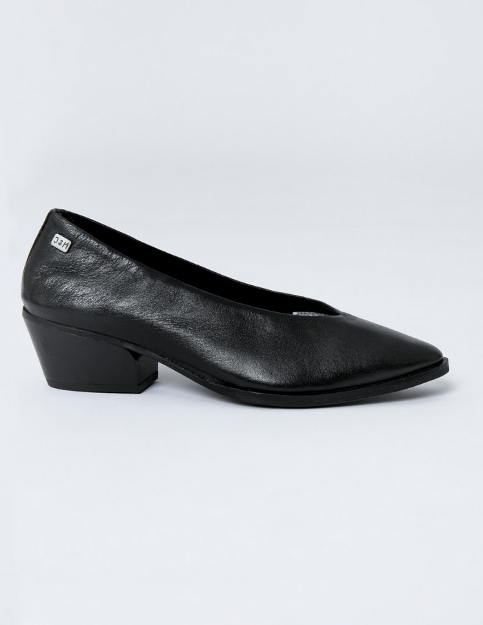 Zapatos negros vela musse and cloud sommes demode zaragoza